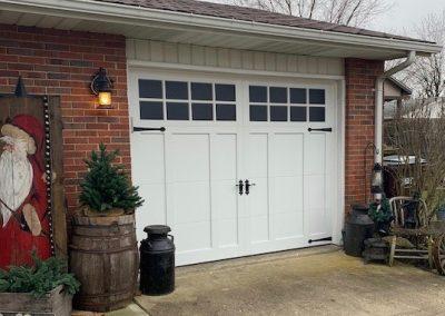 overlay_carriage_house_garage_door_dayton_ohio